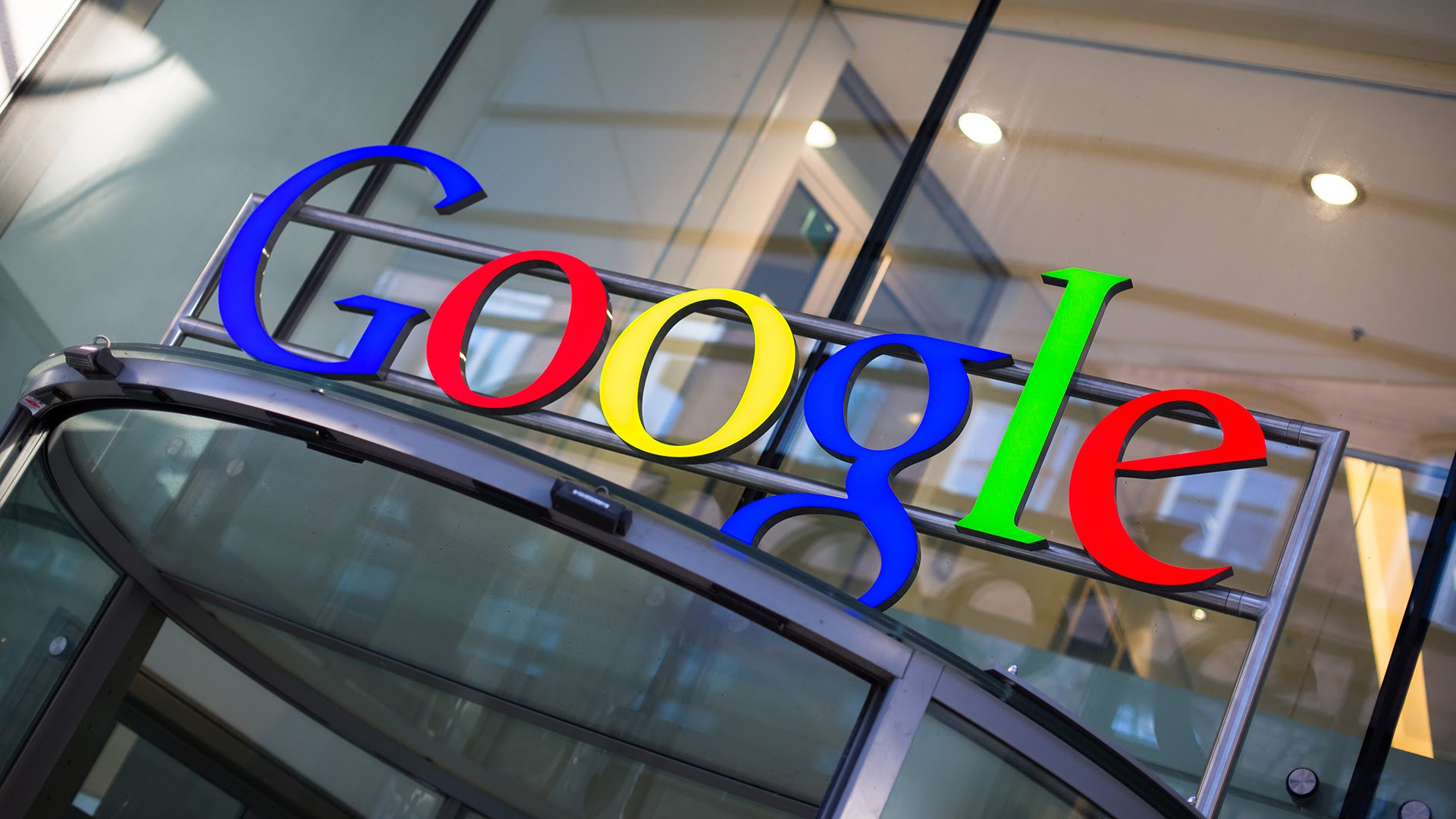 Google is introducing a fee for its apps to mobile device manufacturers in Europe.