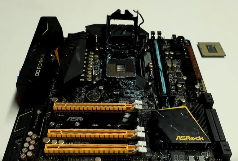 Core i9 9900k was overclocked to 5.5 GHz on Z170