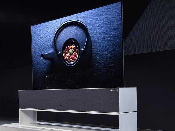 LG представила выдвижной телевизор