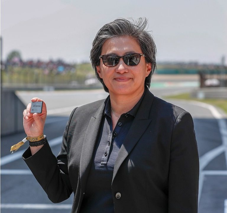 Новые процессоры AMD «Zen2» должны выйти в июле