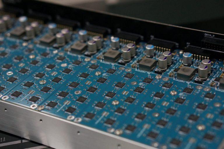 Контрактный изгоовитель чипов TSMC получил первые заказы на продукцию 5нм