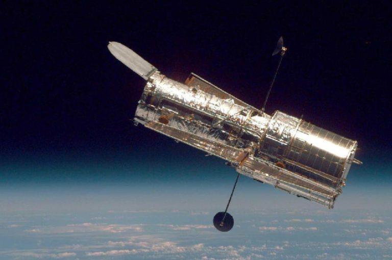 Орбитальному телескопу Хаббл исполнилось 30 лет