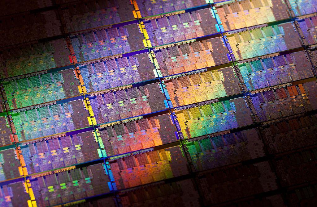 TSMC имеет обширный заказ на 5нм, 7нм пластины, строит цех по производству 3нм и создаёт технологические нормы 2нм полупроводников