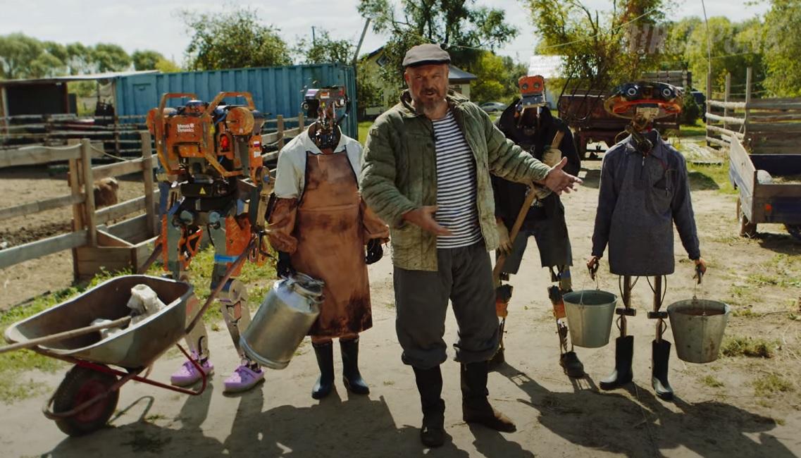 Дикие коптеры и роботы-доярки! Короткометражка о киберпанк ферме будущего в Рязанской глубинке