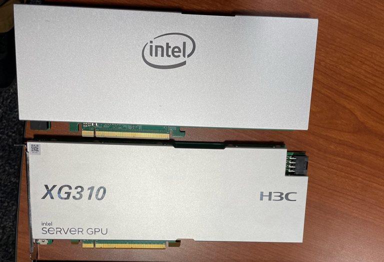 Первое изображение ускорителя вычислений Intel XG310