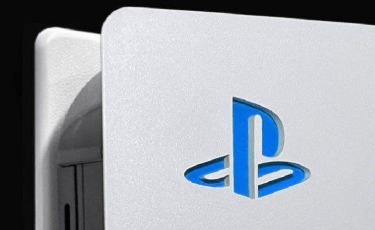 Небольшая внешняя модификация PlayStation 5 произвела фурор в сети