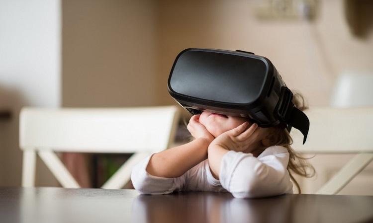 Apple готовит шлем виртуальной реальности