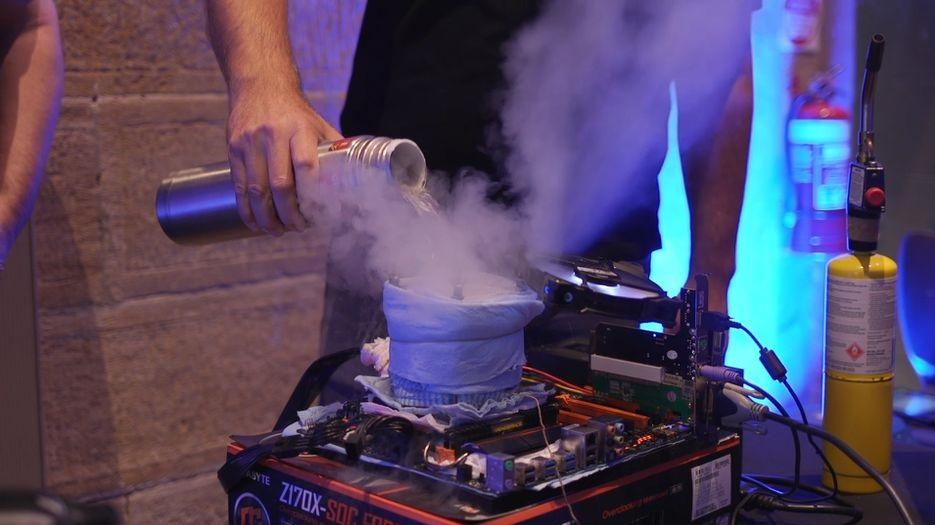 Intel закрывает программу дополнительной гарантии от неудачного разгона