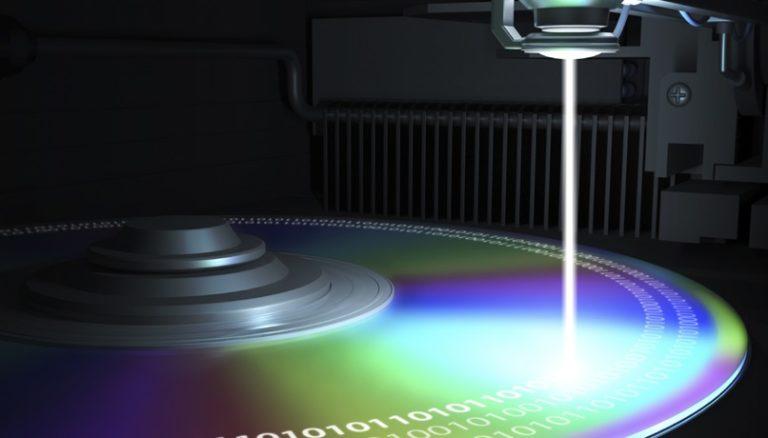 Азиатские учёные создали компакт-диск ёмкостью 700 терабайт