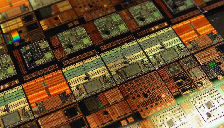 AMD готовится значительно увеличить объёмы выпуска 7нм продукции