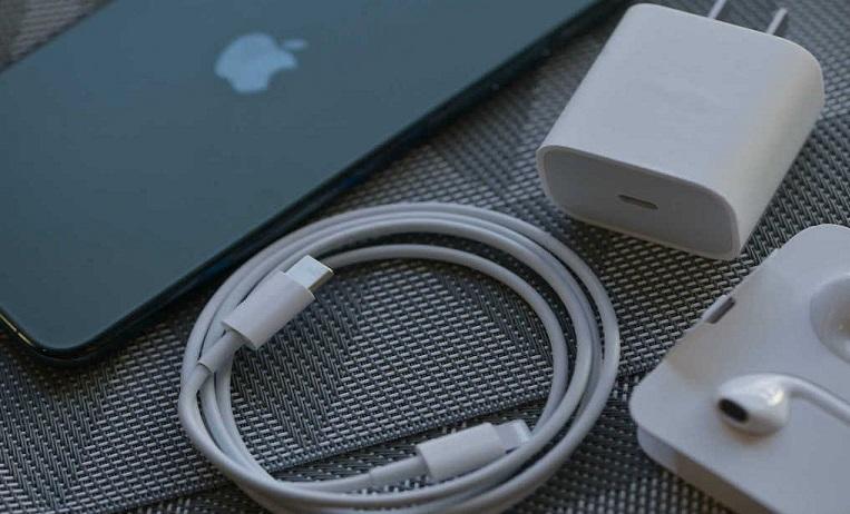 В Бразилии Apple оштрафовали за отсутствии зарядного устройства в комплекте с новыми iPhone