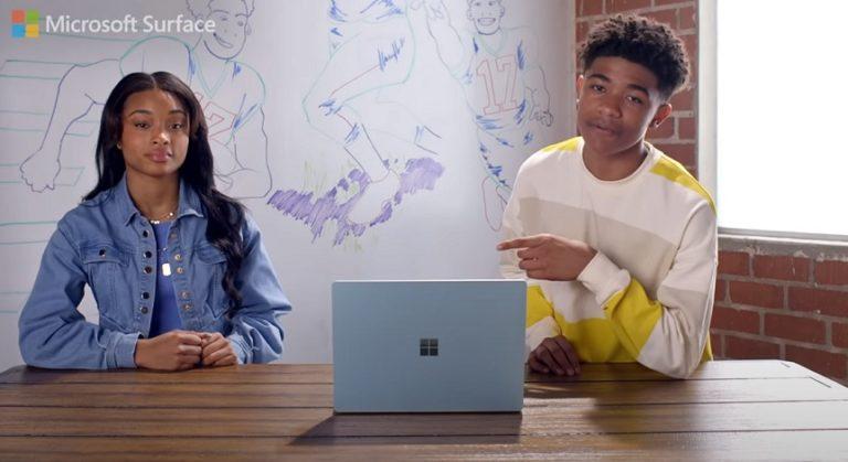 Microsoft в рекламном ролике своих ноутбуков Surface высмеяла возможности Apple Macbook