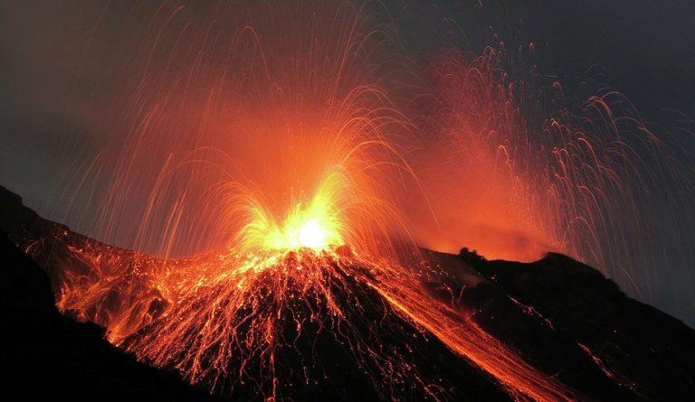 По всей Земле резко активизировались вулканы