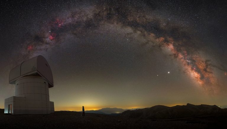 Выбраны лучшие фотографии Млечного Пути 2021 года