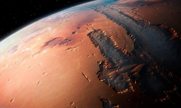 Последние данные Nasa: на Марсе была вода, но планета была обречена её потерять