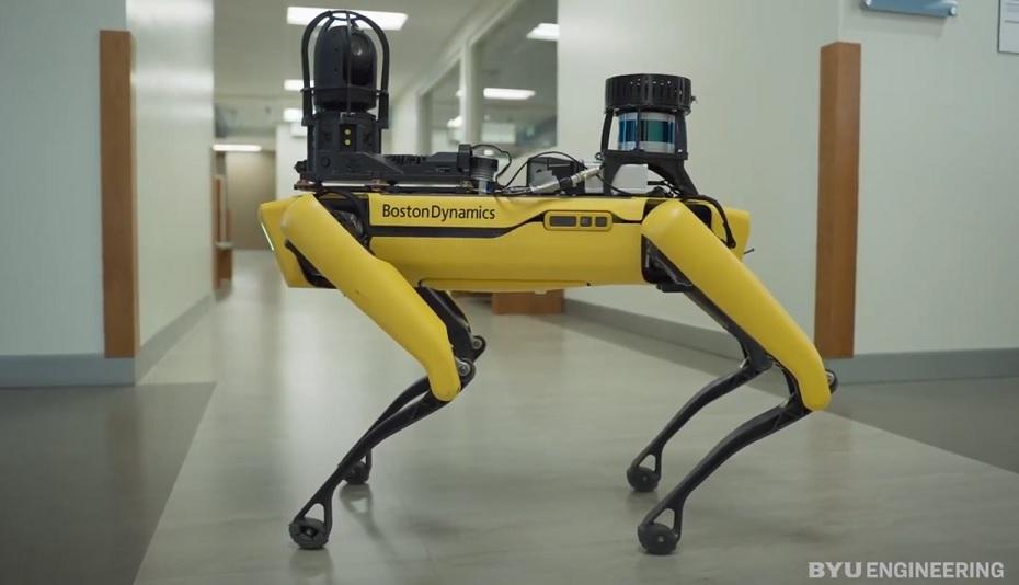 Робособаку Boston Dynamics превратили в контролёра дата — центра